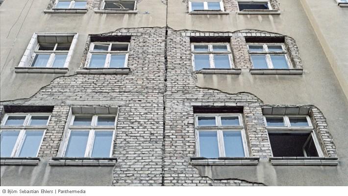 Mietwohnung Dachrinne Undicht Oder Regenfallrohr Defekt