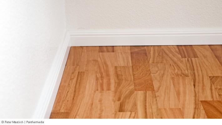 Fußboden Ohne Sockelleisten ~ Sockelleisten was damit tun was beim renovieren beachten?