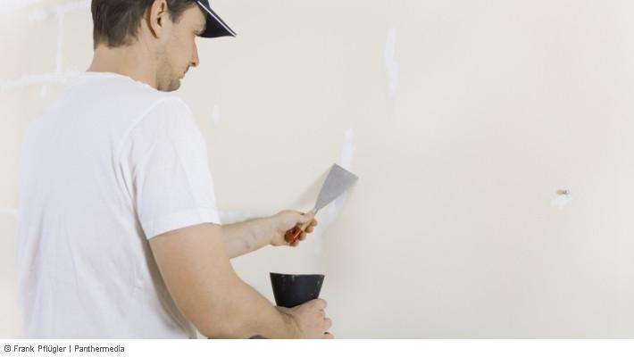 kr ftige risse in w nden und decken muss vermieter beseitigen. Black Bedroom Furniture Sets. Home Design Ideas