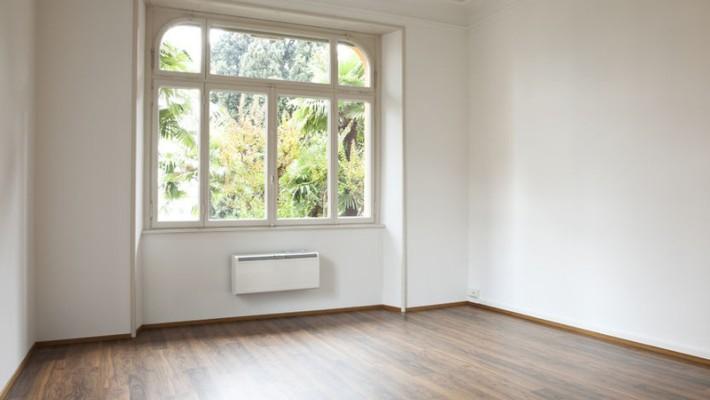 schadenersatz vom mieter wenn laminatboden besch digt wurde. Black Bedroom Furniture Sets. Home Design Ideas